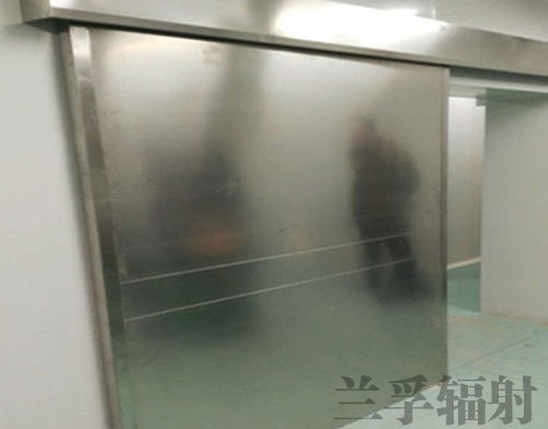 电动防护门